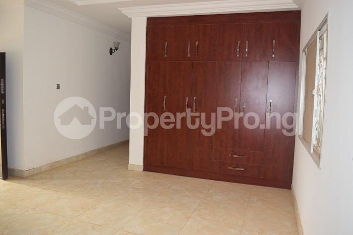5 bedroom Detached Duplex House for sale Well secured estate at guzape, Abuja. Guzape Abuja - 4