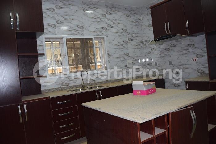5 bedroom Detached Duplex House for sale Well secured estate at guzape, Abuja. Guzape Abuja - 2