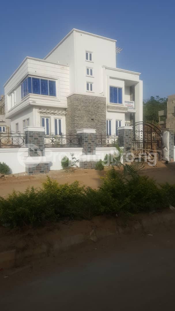 5 bedroom Detached Duplex House for sale Well secured estate at guzape, Abuja. Guzape Abuja - 0