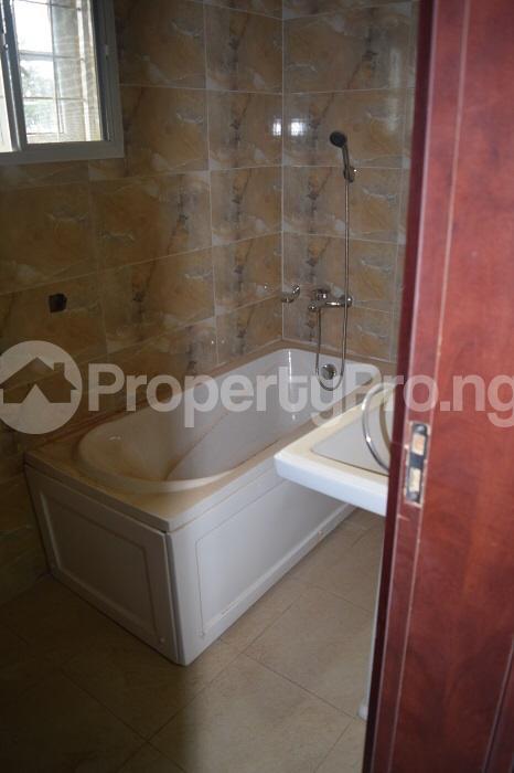 5 bedroom Detached Duplex House for sale Well secured estate at guzape, Abuja. Guzape Abuja - 6