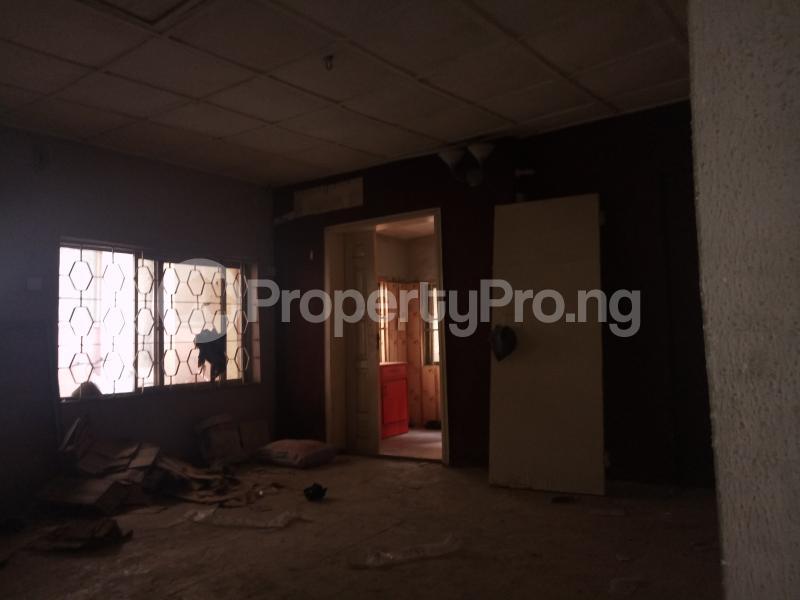 3 bedroom Flat / Apartment for rent - Yaba Lagos - 2