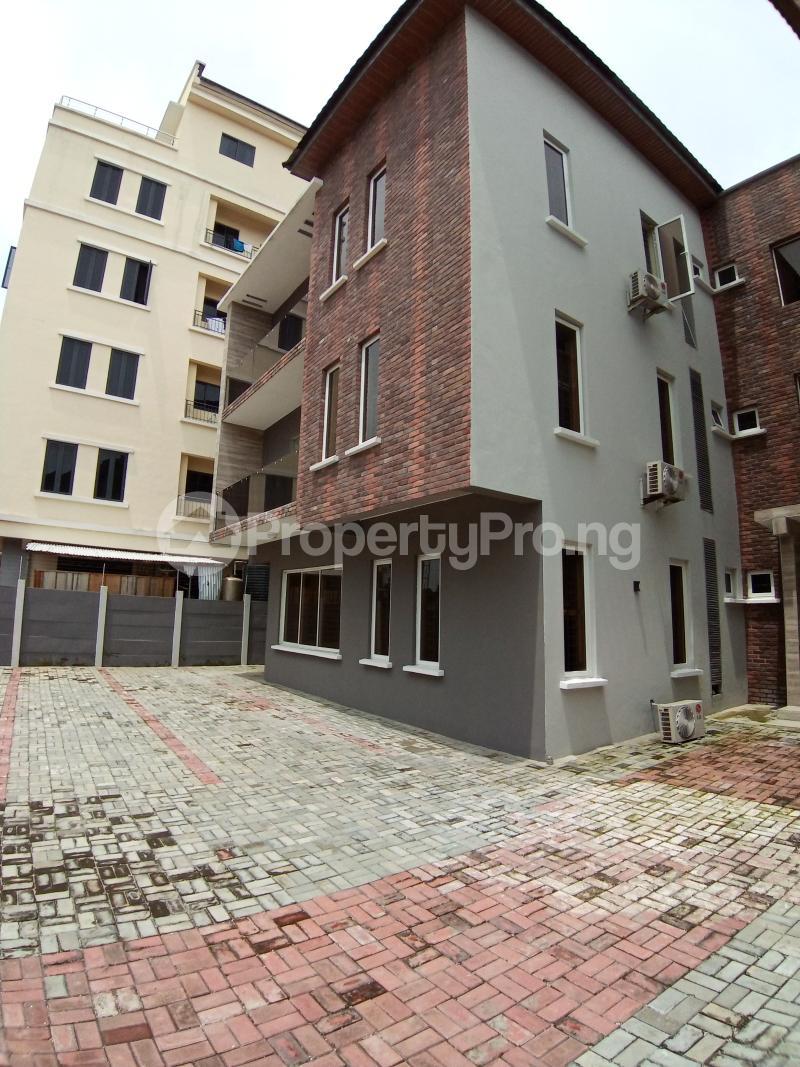 3 bedroom Flat / Apartment for rent ONIRU Victoria Island Lagos - 9