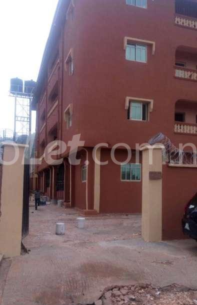 3 bedroom Flat / Apartment for rent Enugu South, Enugu Enugu Enugu - 1