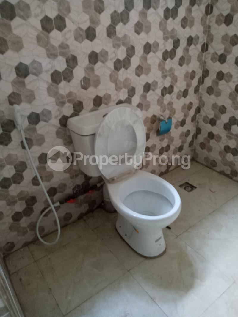 2 bedroom Blocks of Flats House for rent Akoto estate Akala Express Ibadan Oyo - 7