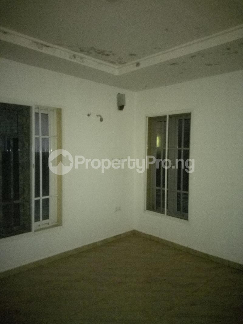 2 bedroom Flat / Apartment for rent Atlantic view estate alpha beach road  Igbo-efon Lekki Lagos - 3