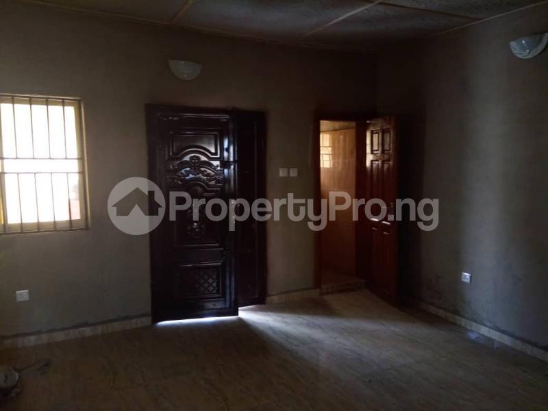 2 bedroom Flat / Apartment for rent Polo Club Jericho Ibadan Oyo - 3