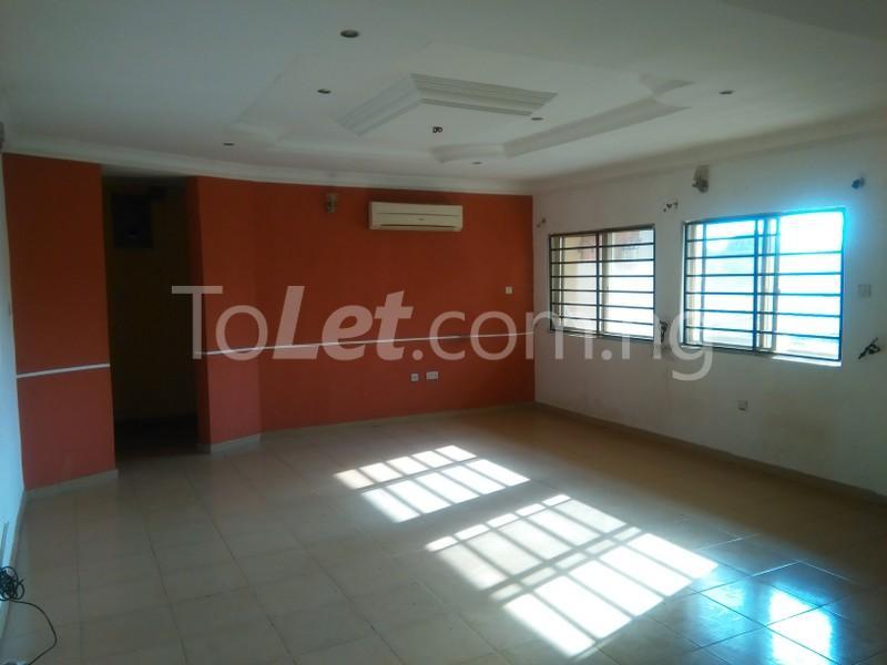 3 bedroom Flat / Apartment for rent APOSTHOLIC ROAD  Anthony Village Maryland Lagos - 2