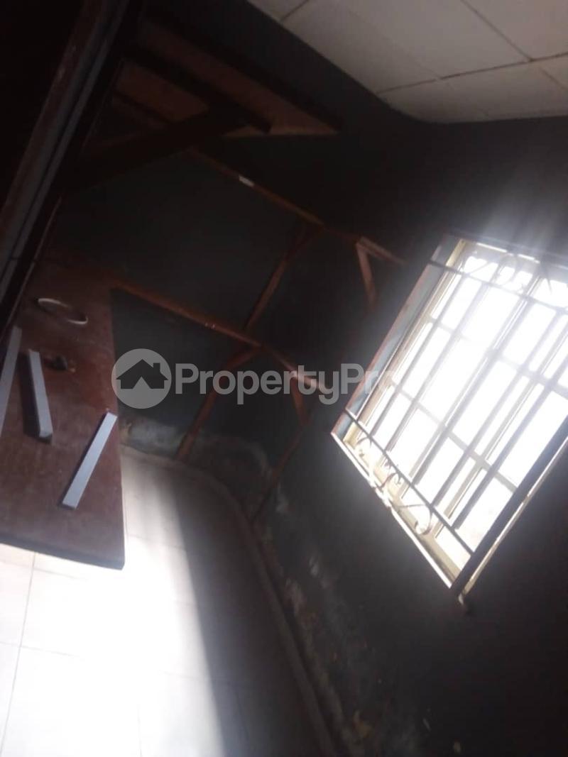 3 bedroom Detached Bungalow House for rent Ashipa road,amule busstop,ipaja Ayobo Ayobo Ipaja Lagos - 4