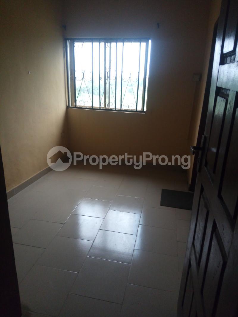3 bedroom Blocks of Flats House for rent Egbeda Alimosho Lagos - 4