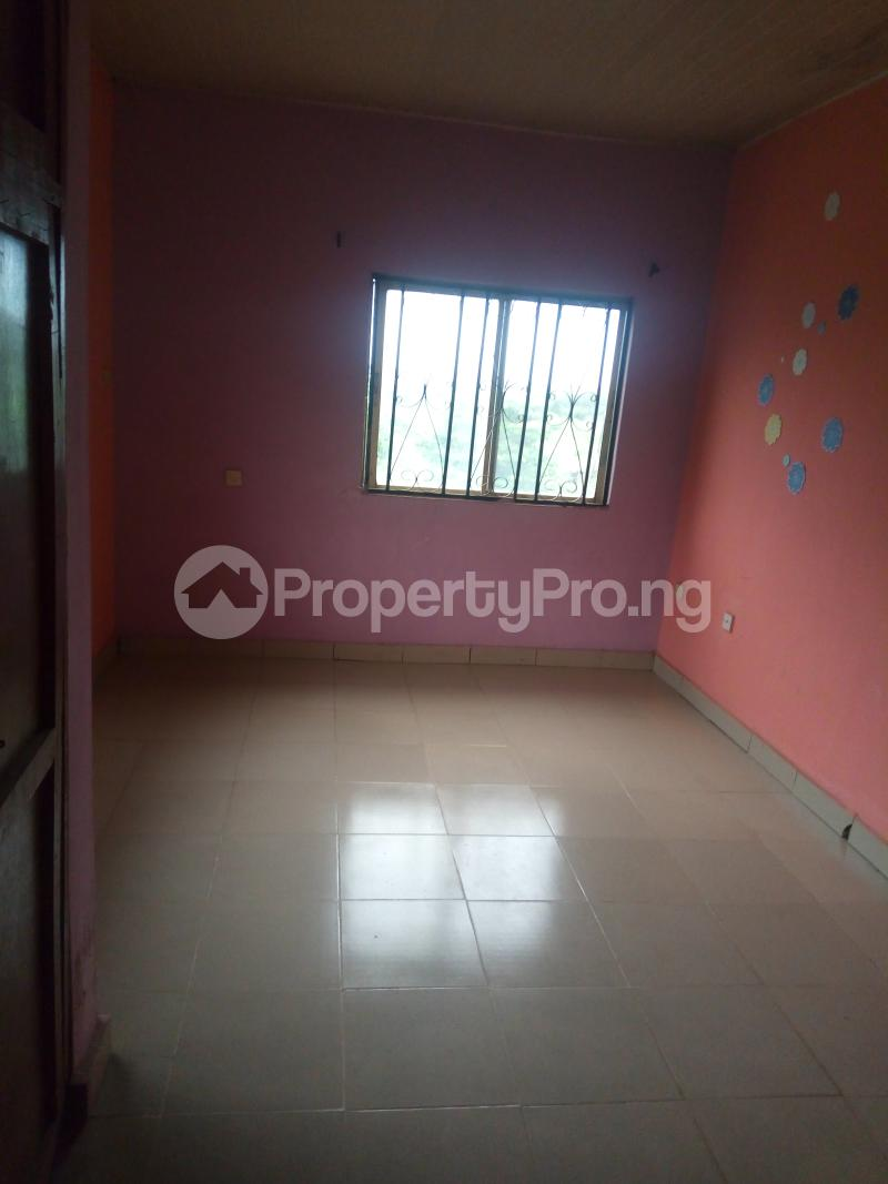 3 bedroom Blocks of Flats House for rent Egbeda Alimosho Lagos - 3