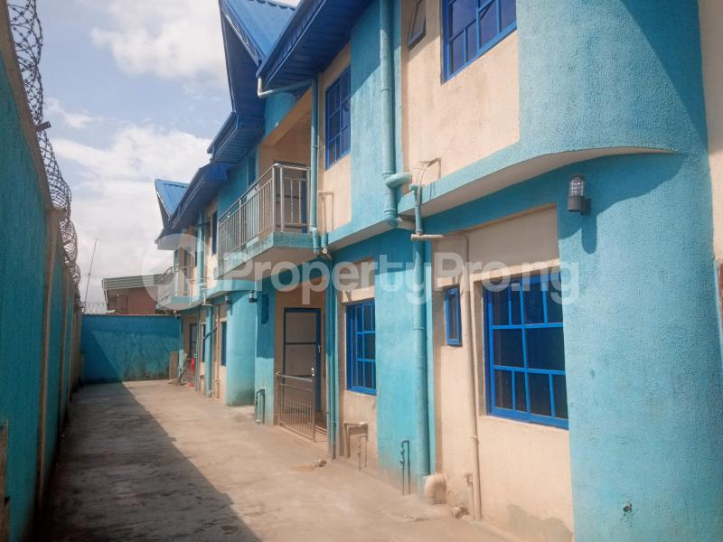 3 bedroom Flat / Apartment for rent Agege Agege Lagos - 0