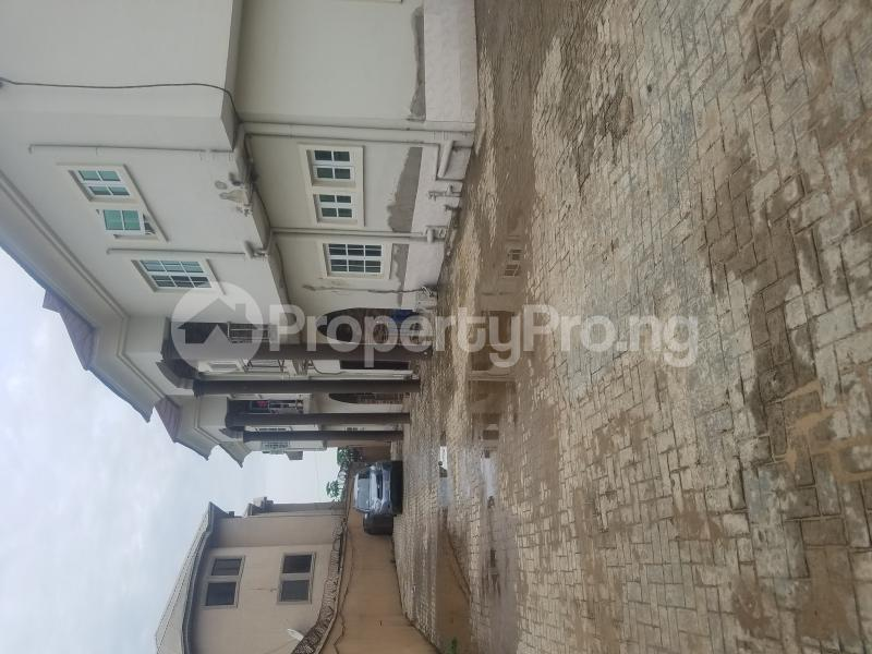 3 bedroom Blocks of Flats House for rent Runview estate  Ajao Estate Isolo Lagos - 0