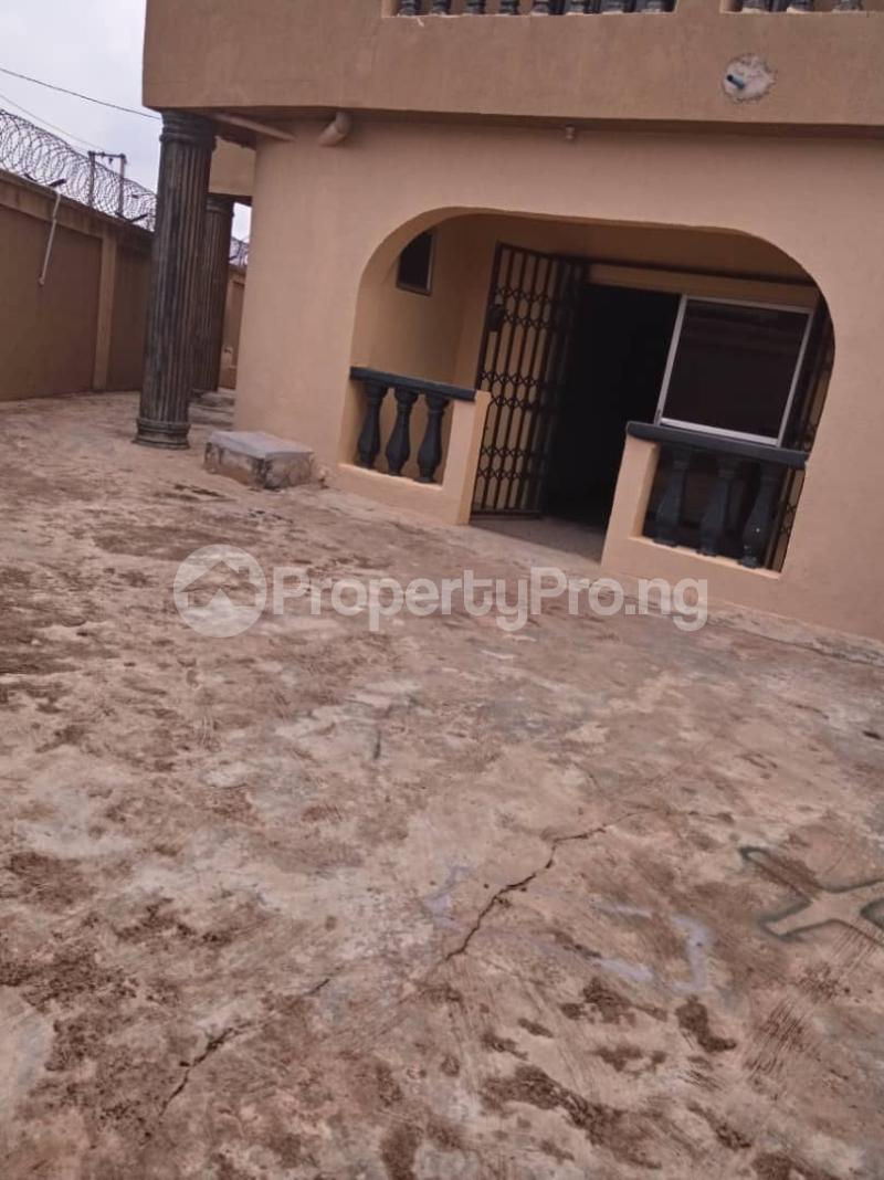 3 bedroom Blocks of Flats House for rent moshalashi after kola bus stop Alagbado Abule Egba Lagos - 4