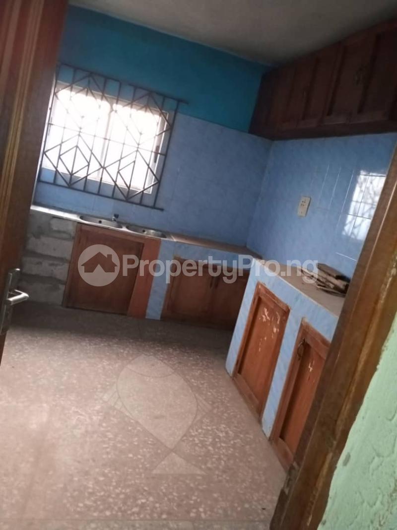 3 bedroom Blocks of Flats House for rent moshalashi after kola bus stop Alagbado Abule Egba Lagos - 2