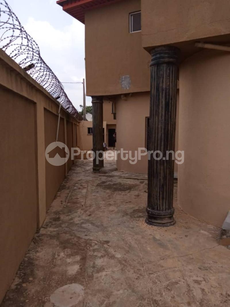 3 bedroom Blocks of Flats House for rent moshalashi after kola bus stop Alagbado Abule Egba Lagos - 3