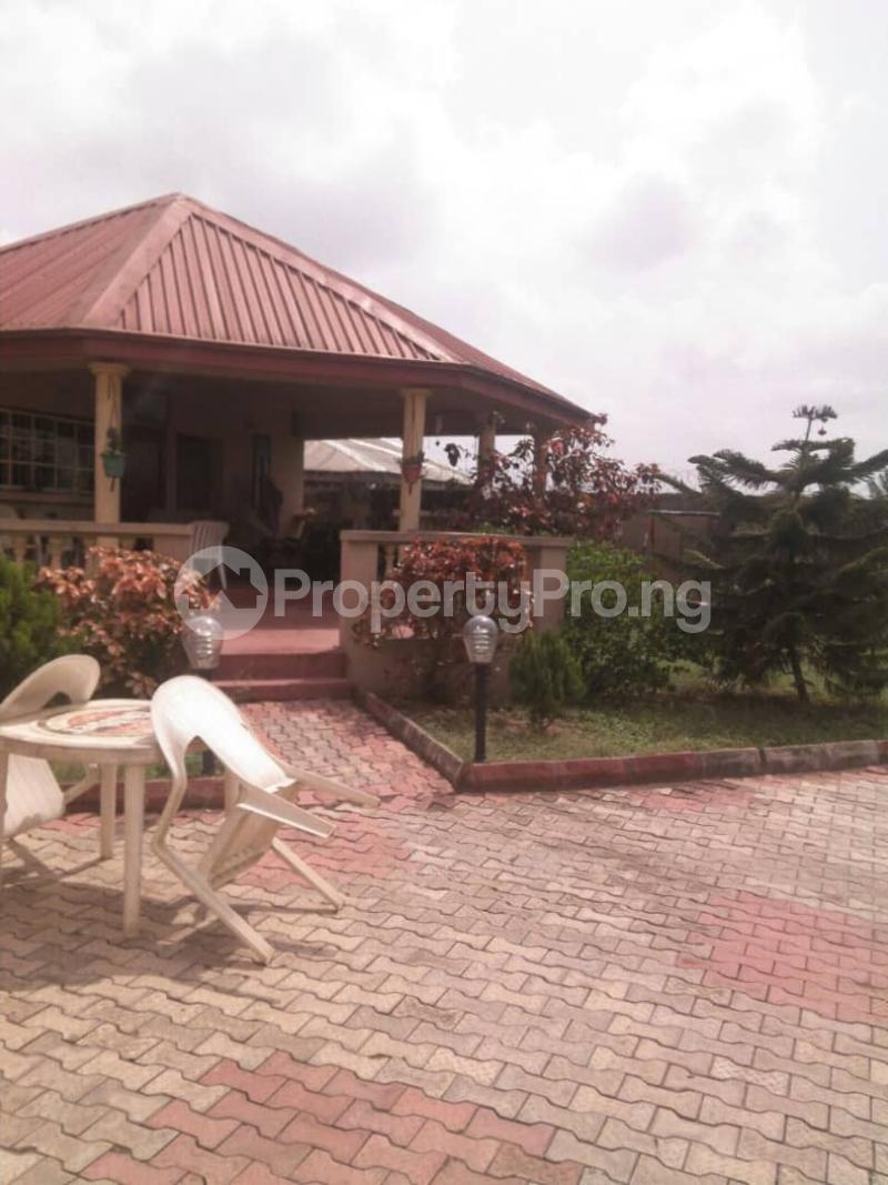 5 bedroom Detached Duplex House for sale Fishpond Area Agric  Agric Ikorodu Lagos - 5