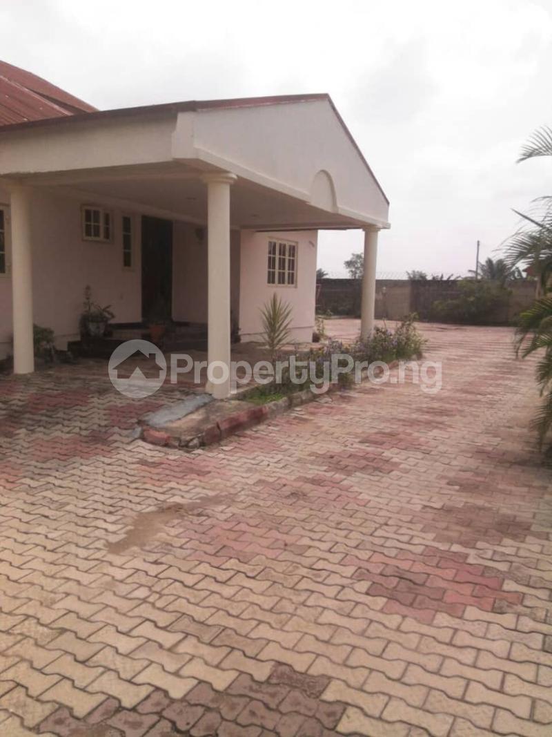 5 bedroom Detached Duplex House for sale Fishpond Area Agric  Agric Ikorodu Lagos - 7