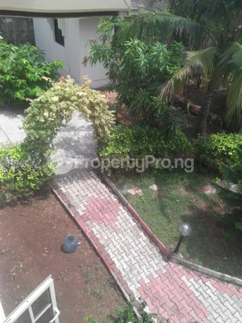 5 bedroom Detached Duplex House for sale Fishpond Area Agric  Agric Ikorodu Lagos - 9