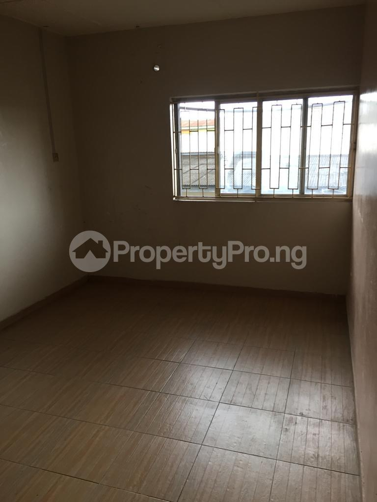 2 bedroom Flat / Apartment for rent Fola Agoro Yaba Lagos - 9