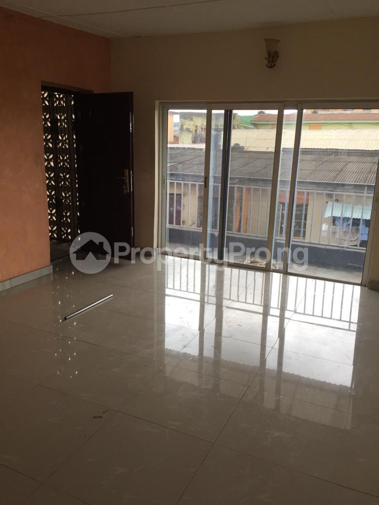 2 bedroom Flat / Apartment for rent Fola Agoro Yaba Lagos - 8