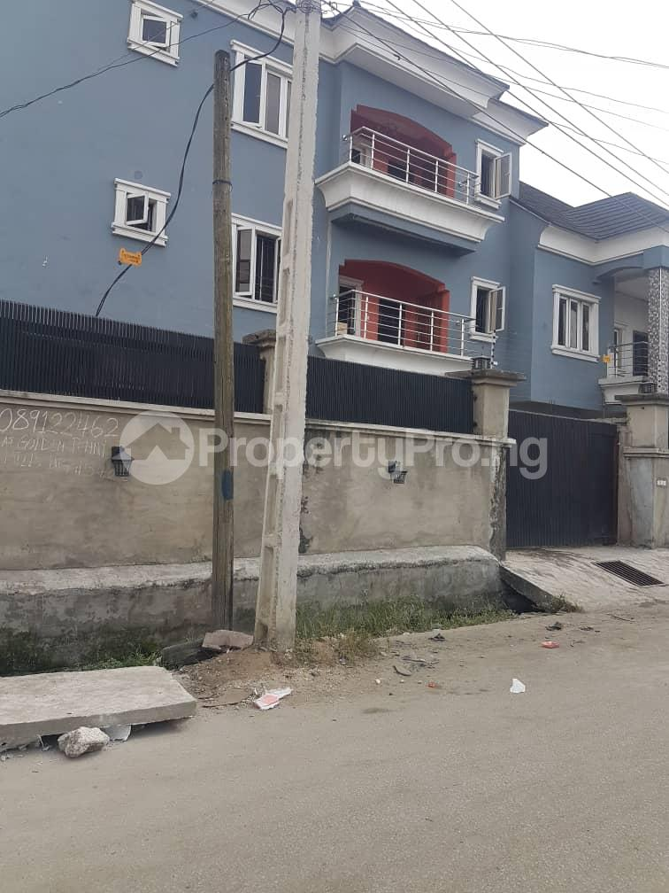 3 bedroom Flat / Apartment for sale Off Olufemi street, Surulere Ogunlana Surulere Lagos - 0