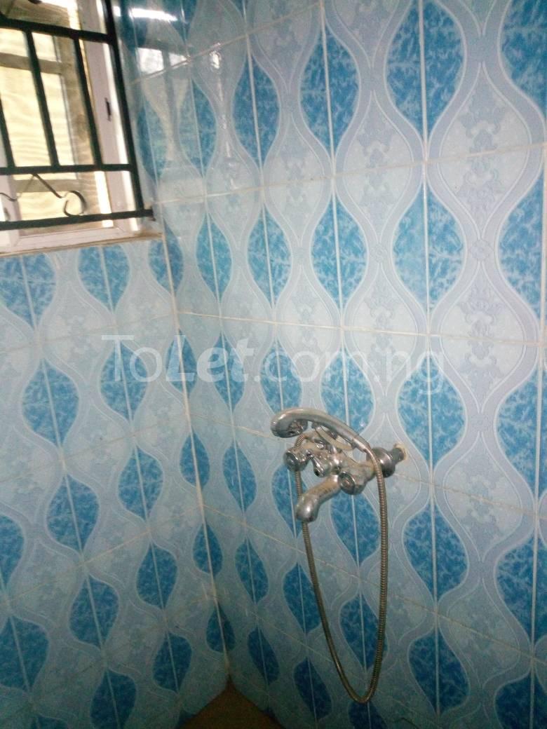 8 bedroom House for sale Along Kolapo Ishola Estate Akobo Ibadan Akobo Ibadan Oyo - 10