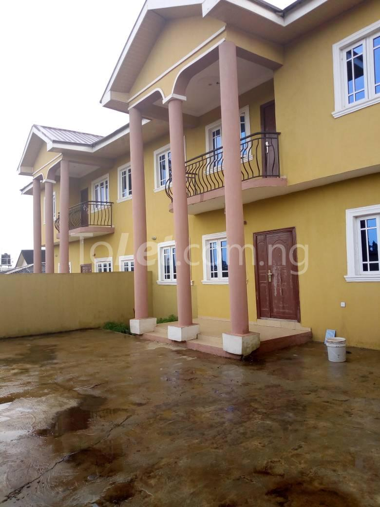 8 bedroom House for sale Along Kolapo Ishola Estate Akobo Ibadan Akobo Ibadan Oyo - 0