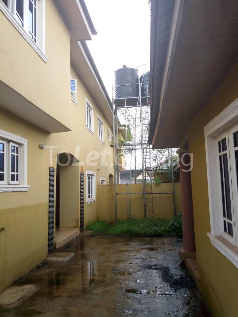 8 bedroom House for sale Along Kolapo Ishola Estate Akobo Ibadan Akobo Ibadan Oyo - 3