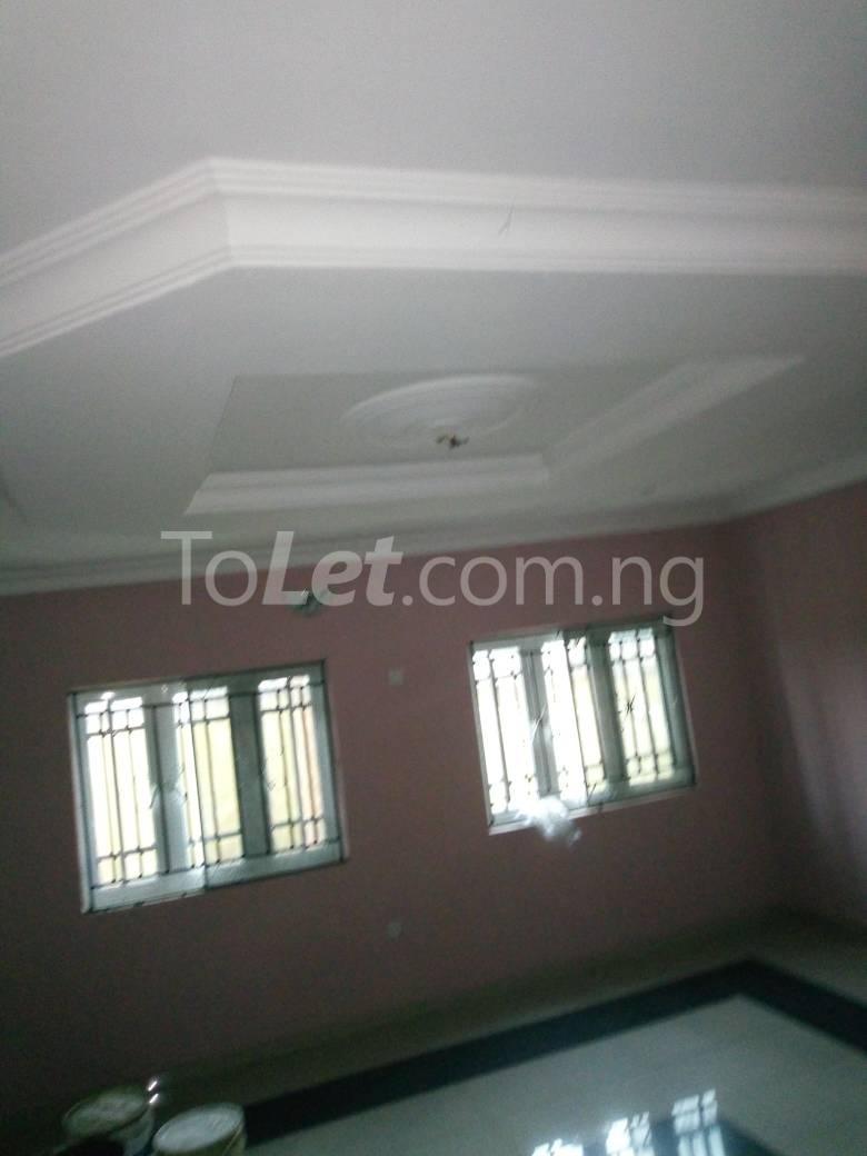 8 bedroom House for sale Along Kolapo Ishola Estate Akobo Ibadan Akobo Ibadan Oyo - 7