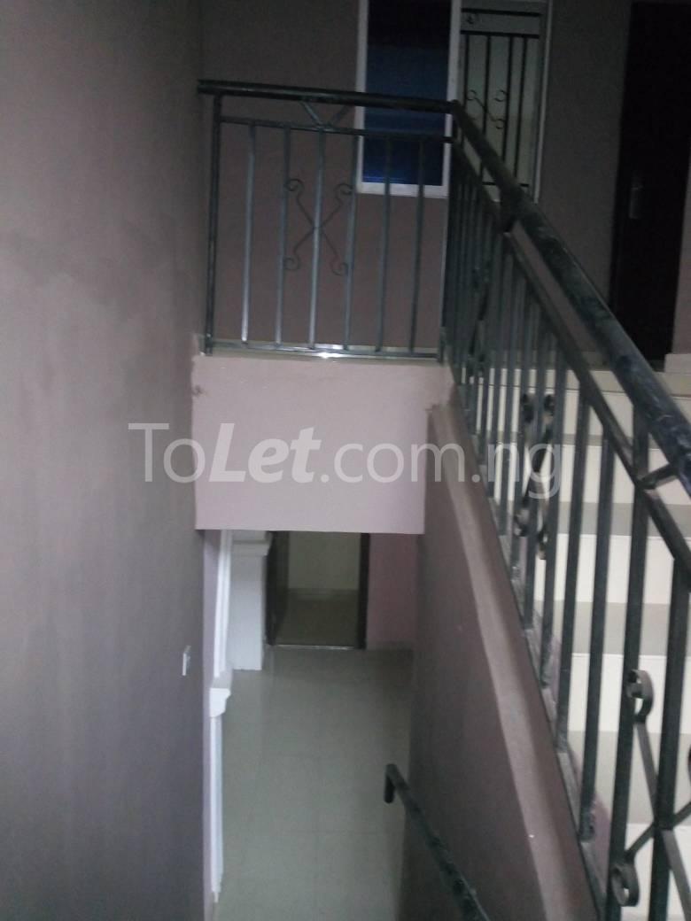 8 bedroom House for sale Along Kolapo Ishola Estate Akobo Ibadan Akobo Ibadan Oyo - 6