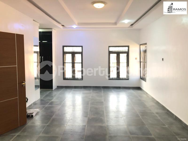 4 bedroom Detached Duplex House for sale . chevron Lekki Lagos - 2