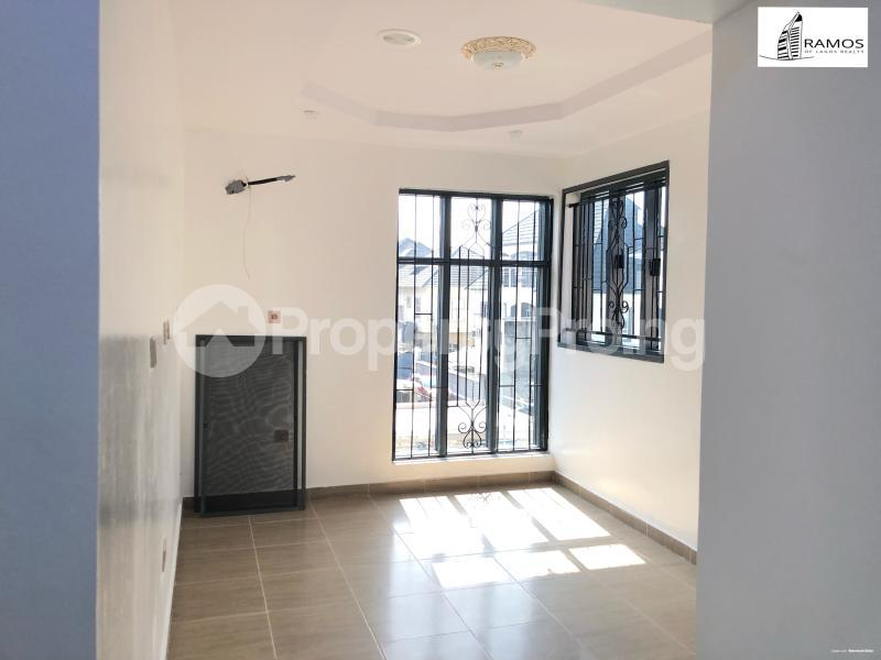 4 bedroom Detached Duplex House for sale . chevron Lekki Lagos - 3