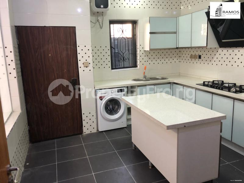 4 bedroom Detached Duplex House for sale . chevron Lekki Lagos - 6