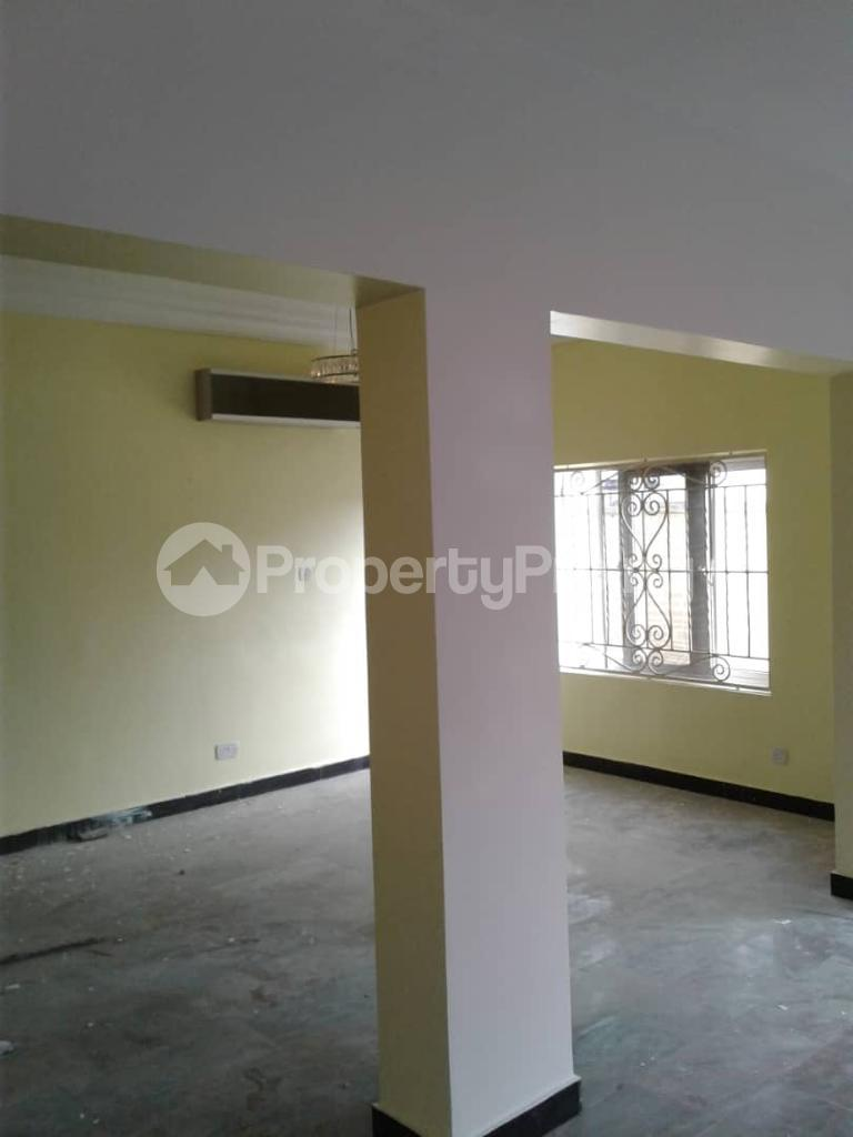 4 bedroom Penthouse Flat / Apartment for sale Ekorinim Calabar Cross River - 3