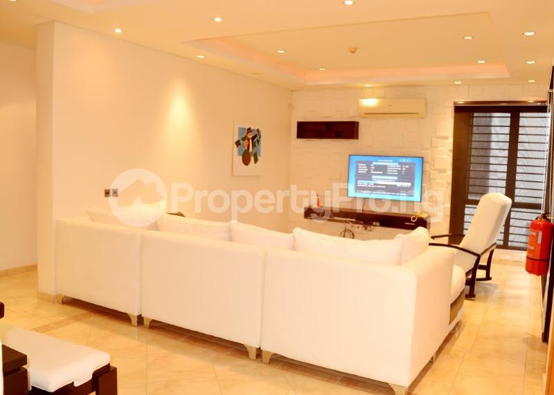 2 bedroom Flat / Apartment for shortlet Nasarawa Street Banana Island Ikoyi Lagos - 1