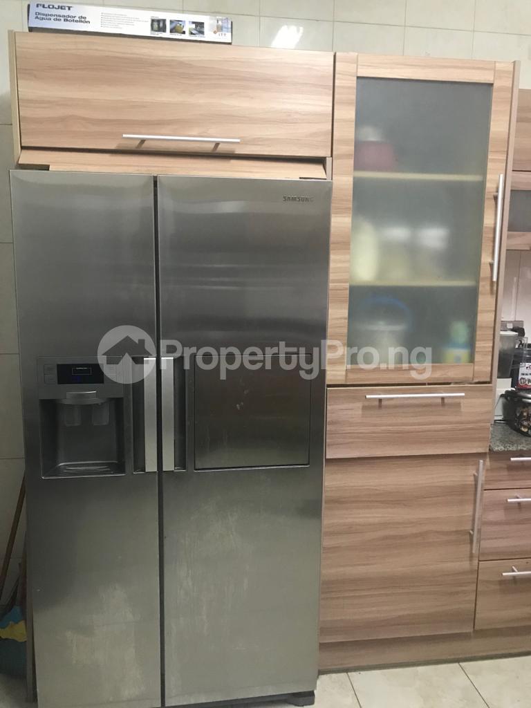 3 bedroom Flat / Apartment for sale Opebi Ikeja Lagos - 8