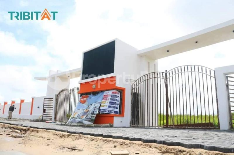 Serviced Residential Land Land for sale 2 minutes Off Lekki-Epe Expressway and 10 minutes to Shoprite  Abijo Ajah Lagos - 3