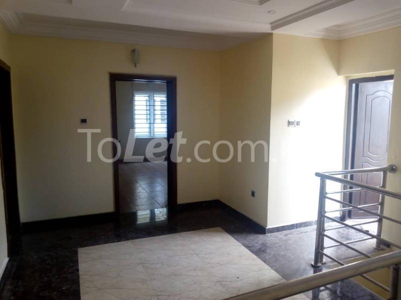 4 bedroom House for sale ---- Magodo-Shangisha Kosofe/Ikosi Lagos - 8