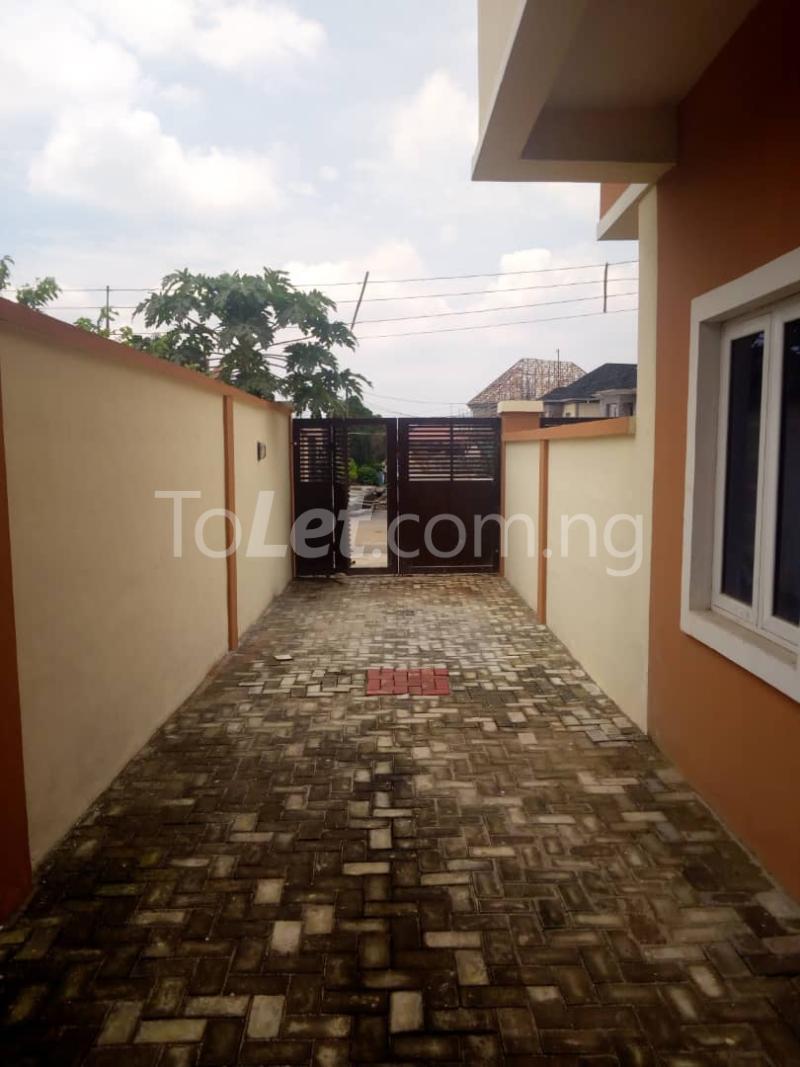 4 bedroom House for sale ---- Magodo-Shangisha Kosofe/Ikosi Lagos - 10