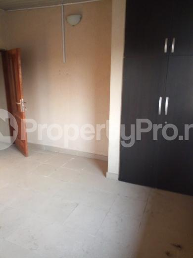 3 bedroom Flat / Apartment for rent weigh bridge Owode Onirin Mile 12 Kosofe/Ikosi Lagos - 3