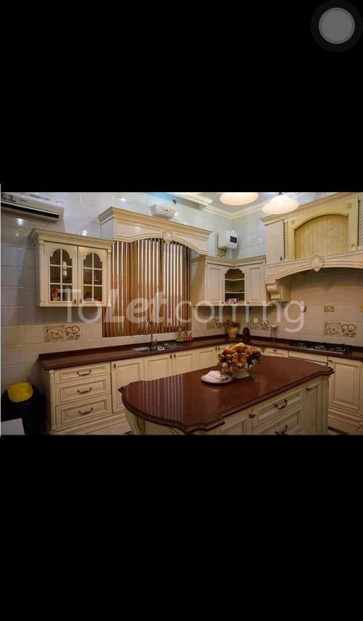 8 bedroom House for sale . Banana Island Ikoyi Lagos - 1