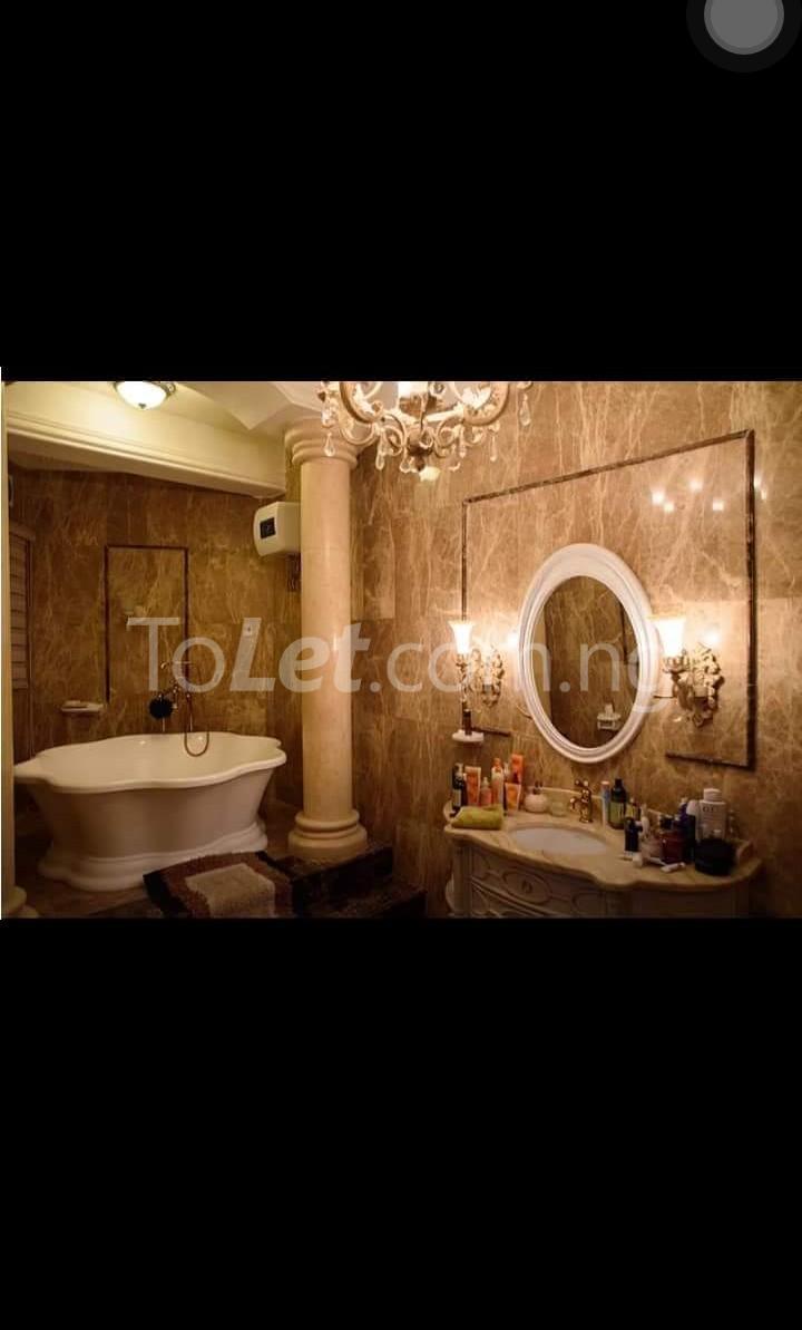 8 bedroom House for sale . Banana Island Ikoyi Lagos - 4