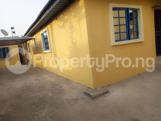 2 bedroom Detached Bungalow House for rent maple wood estate Oko oba Agege Lagos - 0