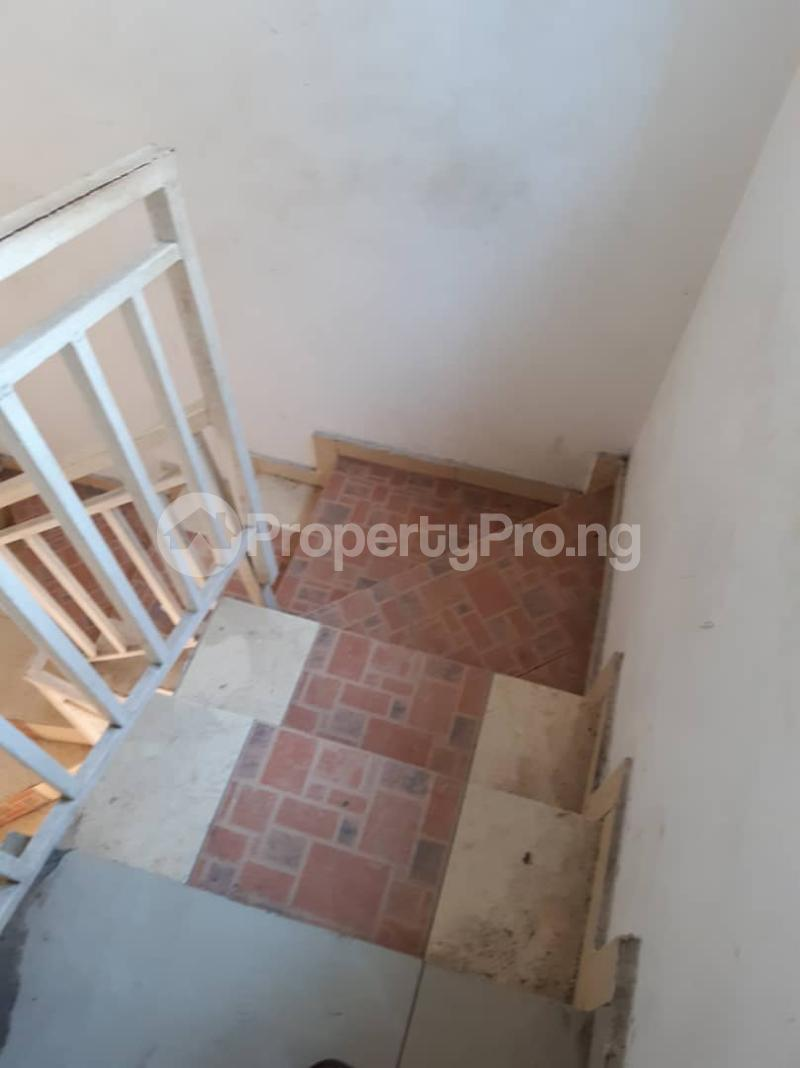 2 bedroom Flat / Apartment for rent Pedro Phase 1 Gbagada Lagos - 4
