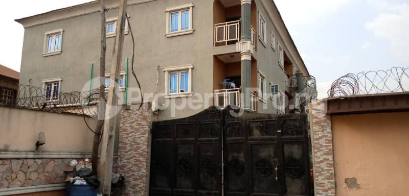 3 bedroom Blocks of Flats House for rent ALEXANDER ESTATE  Oko oba Agege Lagos - 8