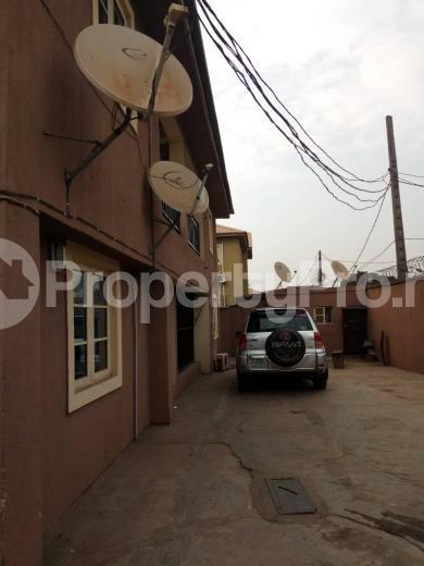 3 bedroom Flat / Apartment for rent HARUNA OFF COLLEGE ROAD,  Ifako-ogba Ogba Lagos - 0