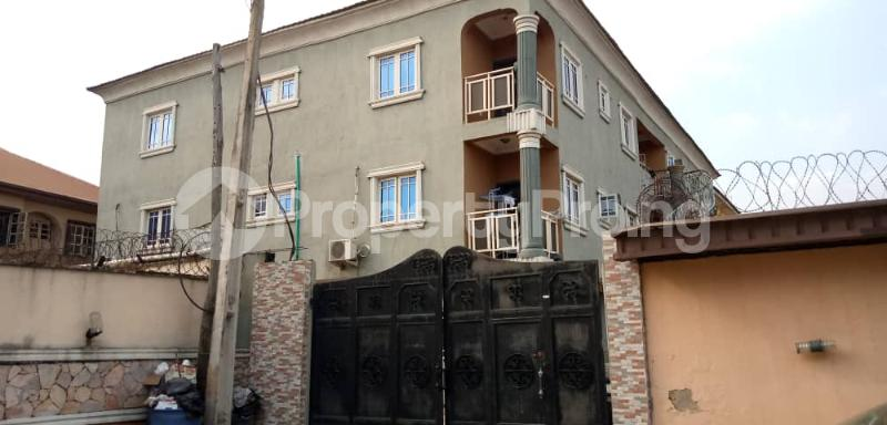 3 bedroom Blocks of Flats House for rent ALEXANDER ESTATE  Oko oba Agege Lagos - 0