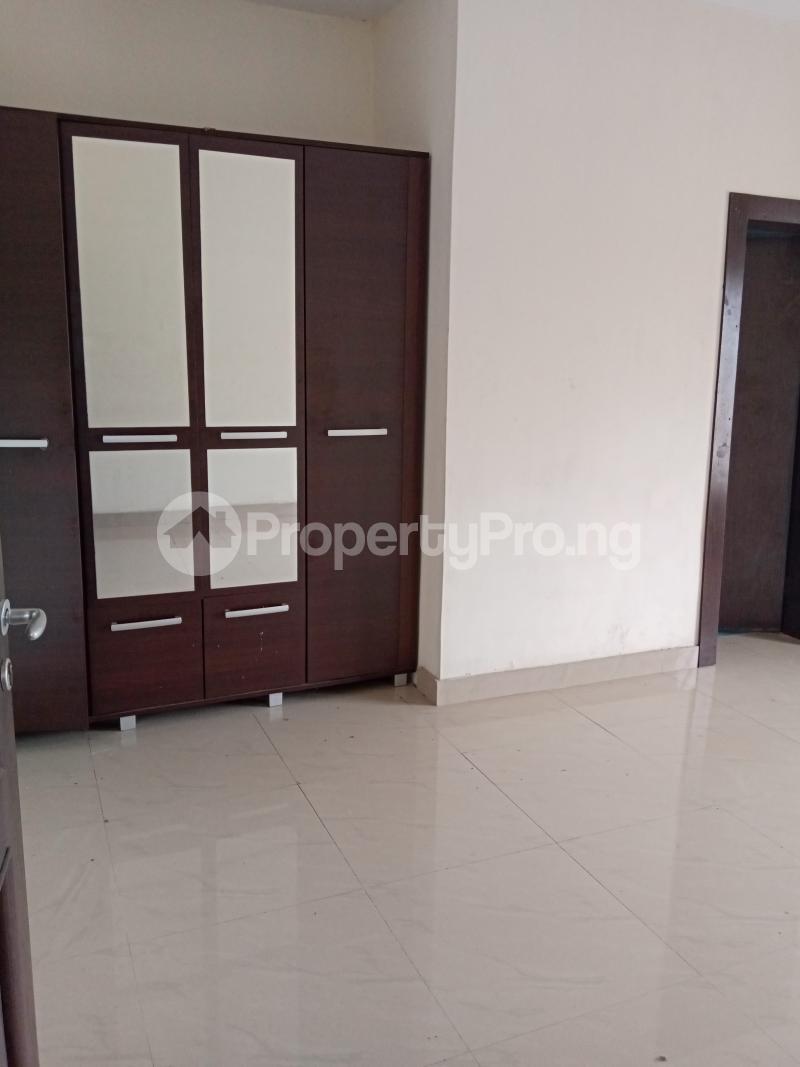 3 bedroom Flat / Apartment for rent Yabatech Yaba Lagos - 6