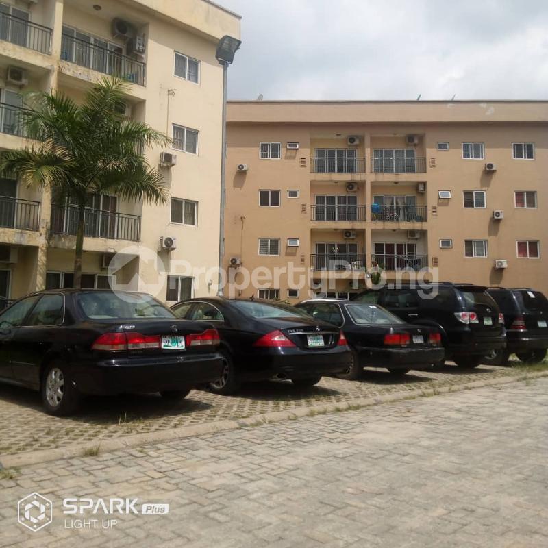 3 bedroom Blocks of Flats House for sale Golf Estate off PeteOdili Port Harcourt Rivers - 2