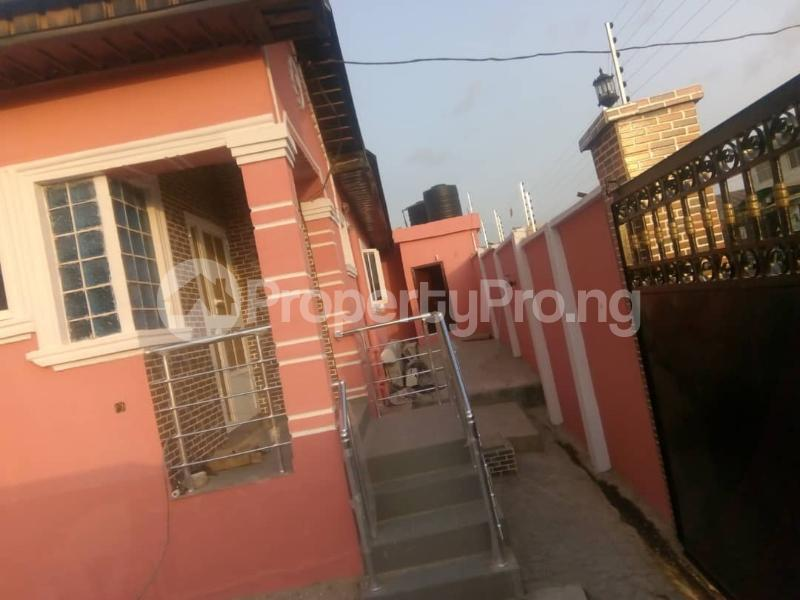 4 bedroom Detached Bungalow House for sale ALONG IGODO ROAD  Magboro Obafemi Owode Ogun - 1